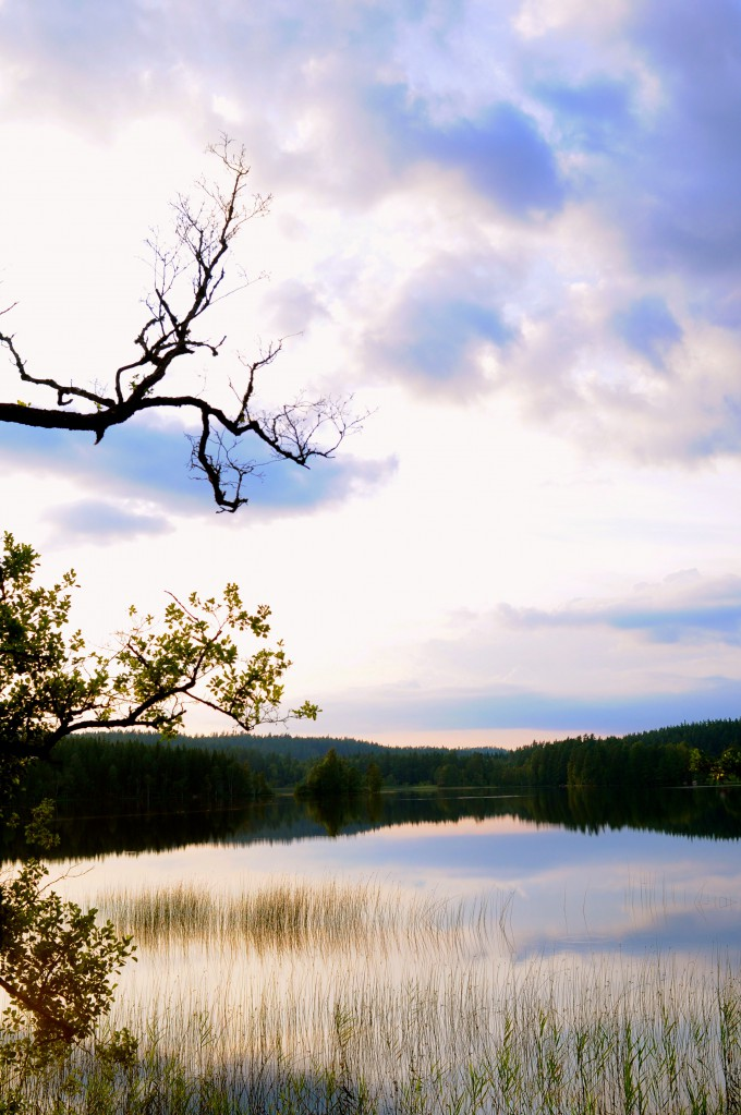 Swedish lake | www.karlasnordickitchen.com