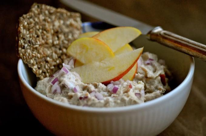 Mackerel Salad with Red Onion | www.karlasnordickitchen.com