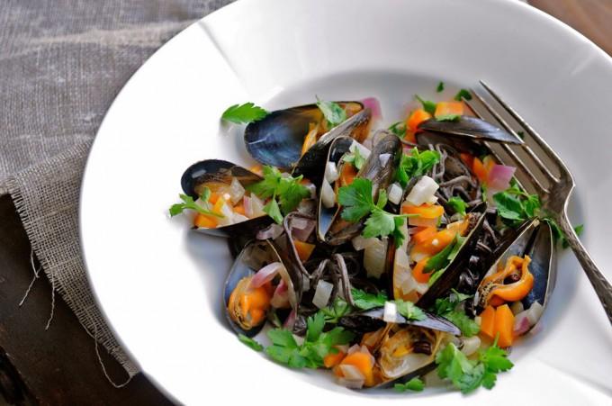 Mussels in white wine | www.karlasnordickitchen.com