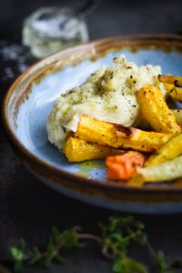 Jerusalem artichoke mash with cream