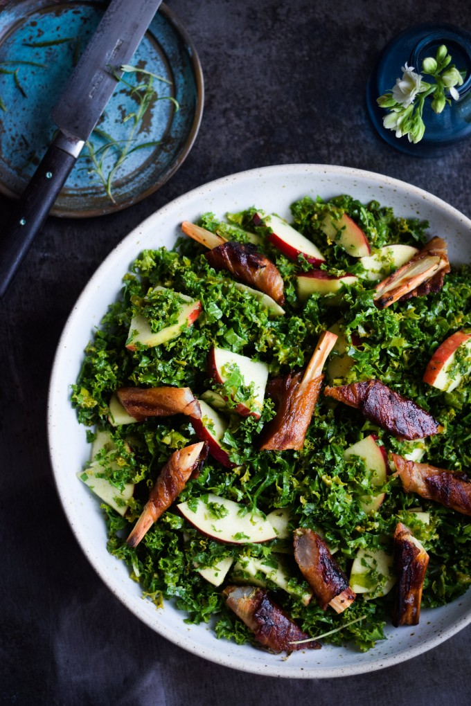 Salsify salad with bacon, kale and apple