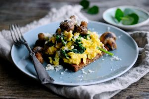 Homemade Healthy Scrambled Eggs with Mushrooms