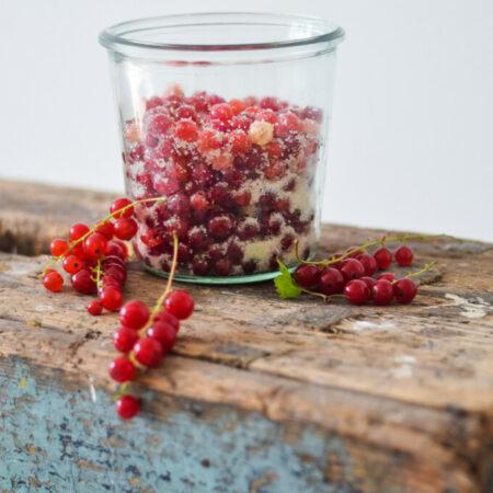 Danish sugared redcurrants