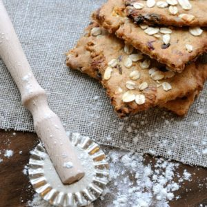 Spelt Crackers with Dates & Almonds